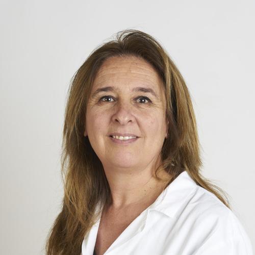 Coordinatrice della Riabilitazione dell'arto superiore, fisioterapista specializzata nelle patologie della mano, esegue tutori statici e dinamici e si occupa di trattamento riabilitativo conservativo e post-chirurgico.